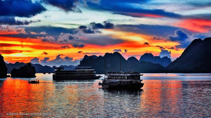 6 Beautiful Sunset On Halong Bay