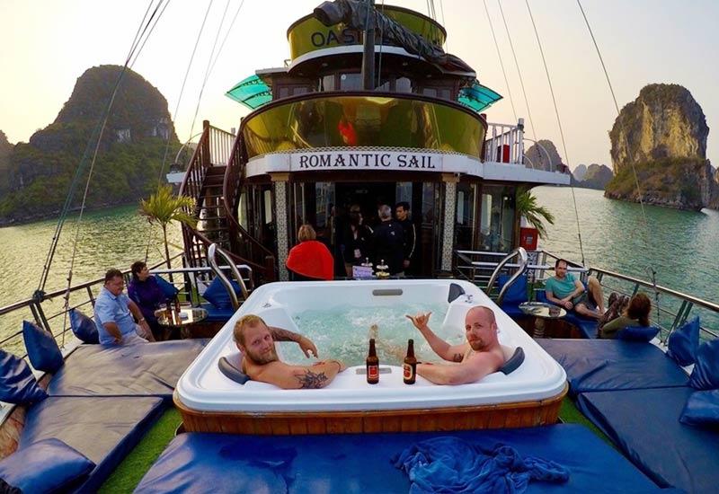 Oasis Bay Cruise Jacuji